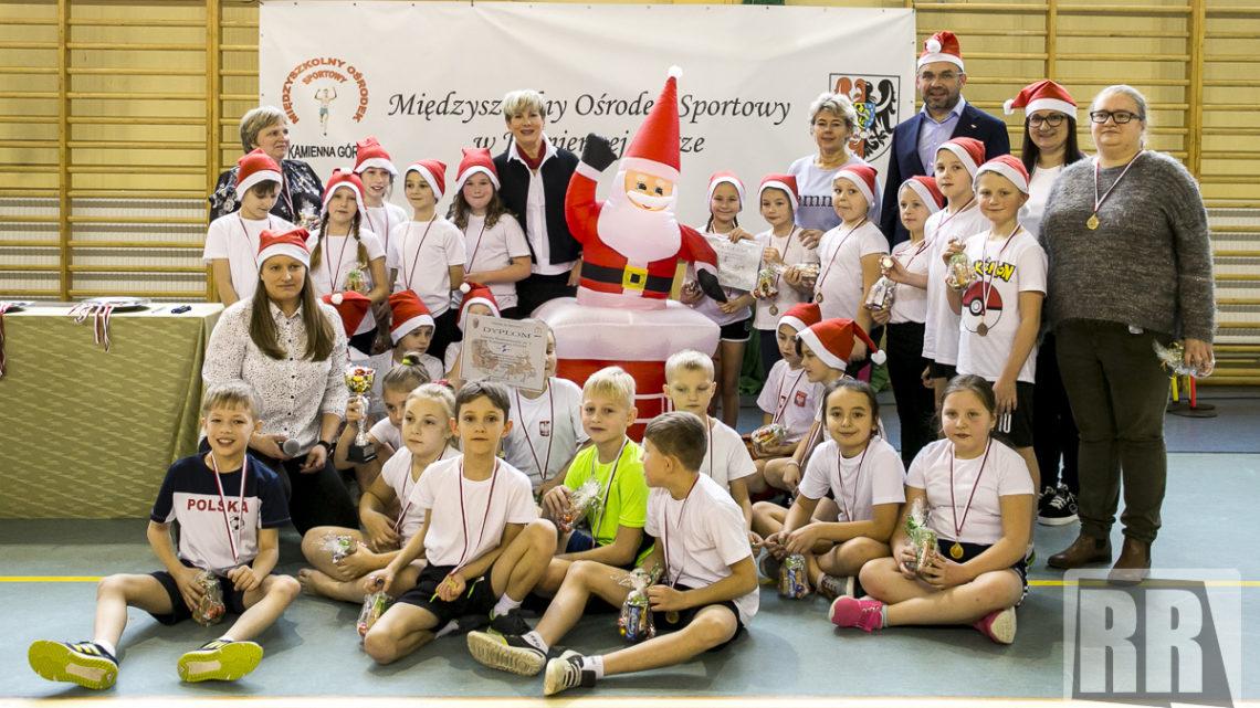 VIII Powiatowy Turniej Gier i Zabaw – Mikołaj na sportowo