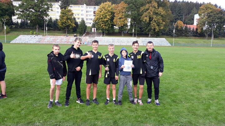 Sztafetowe biegi przełajowe w kategorii chłopców – Igrzyska Młodzieży Szkolnej